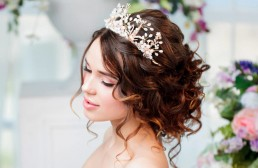 tipos de tiara para novias